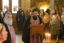 orthodoxy_chrism_iona_0166