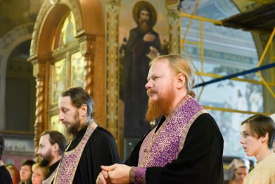 orthodoxy_chrism_iona_0170
