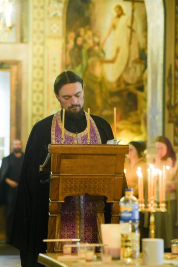 orthodoxy_chrism_iona_0171