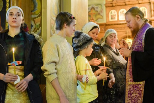 orthodoxy_chrism_iona_0193