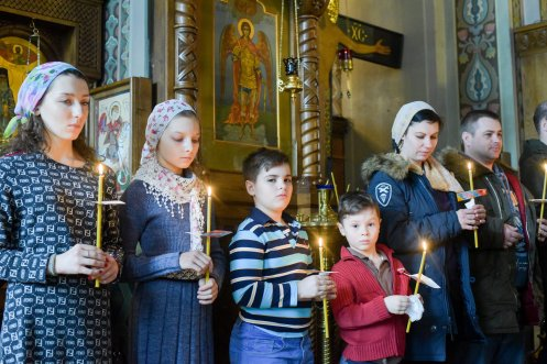 orthodoxy_chrism_iona_0197