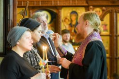 orthodoxy_chrism_iona_0228