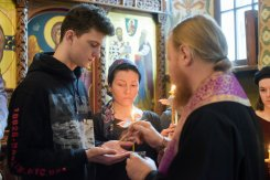 orthodoxy_chrism_iona_0236