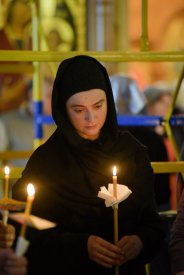 orthodoxy_chrism_iona_0256