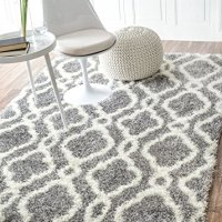 "Moroccan Trellis Soft and Plush Grey Shag Rug, 5 Feet 3 Inches by 7 Feet 6 Inches (5' 3"" x 7' 6"")"