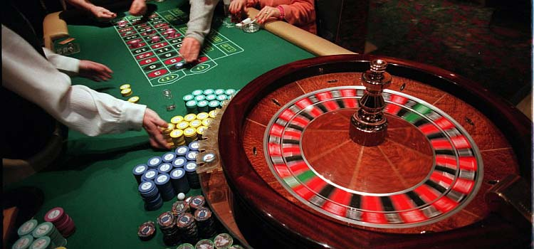 Fun at Live Roulette Table With French Bets