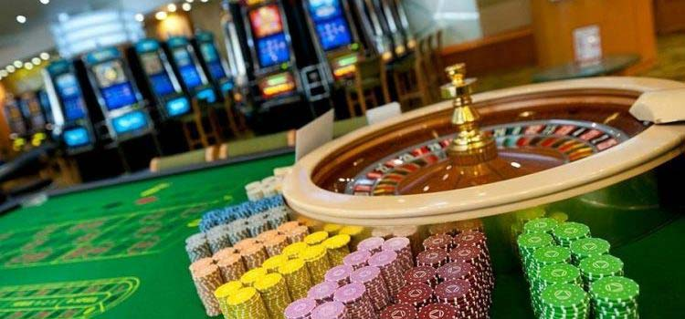 At Online Casinos Gamblers Spend Their Money 7 Times Faster