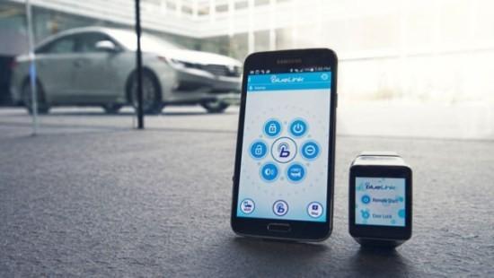 Hyundai_Blue_Link_smartwatch