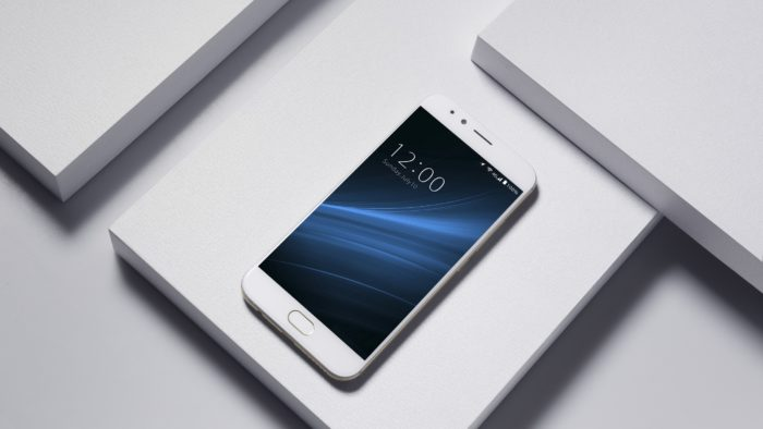 UMIDIGI S: specificații complete și prezentare video (P)
