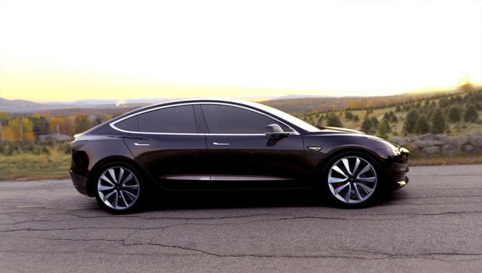Tesla Model 3 a fost lansata si va fi disponibila din 2019