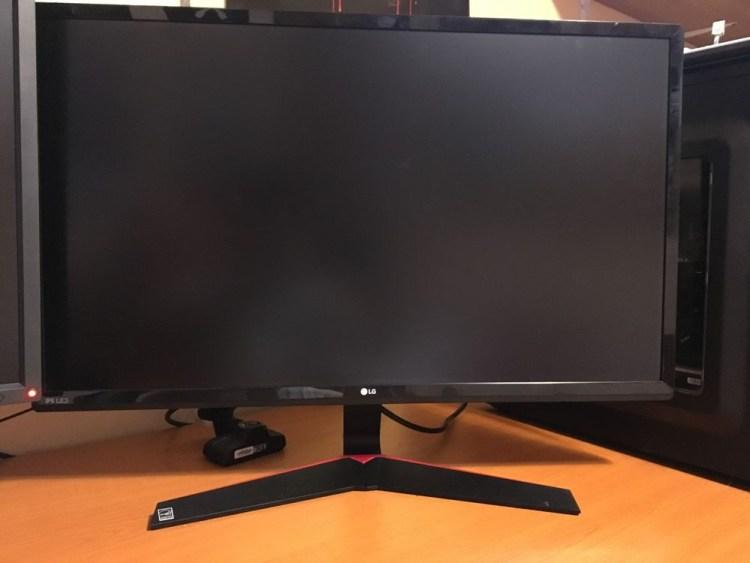 LG 27MP59G - monitor de gaming ieftin cu 75Hz