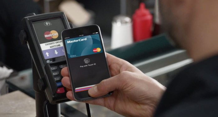 Revolut: Google Pay si Apple Pay ajung oficial si in Romania