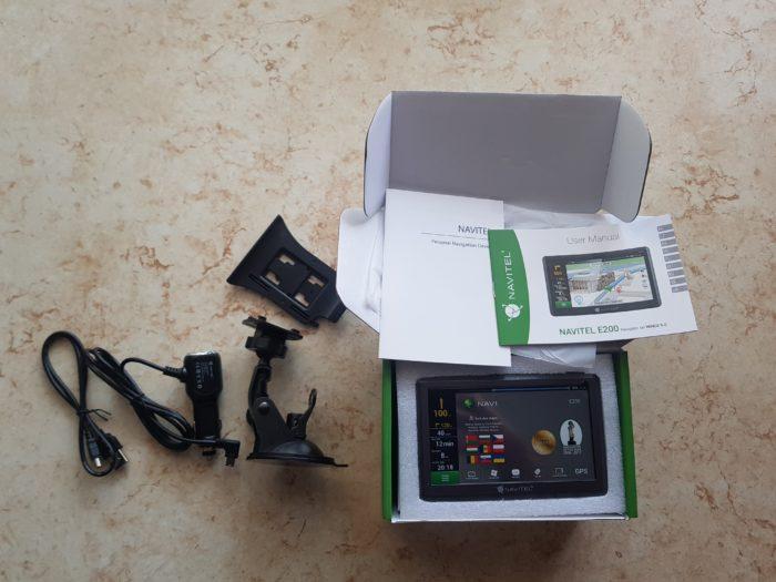 Review GPS Navitel E200: o solutie de navigare modesta + CONCURS
