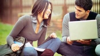 Tips Membeli Laptop Untuk Mahasiswa
