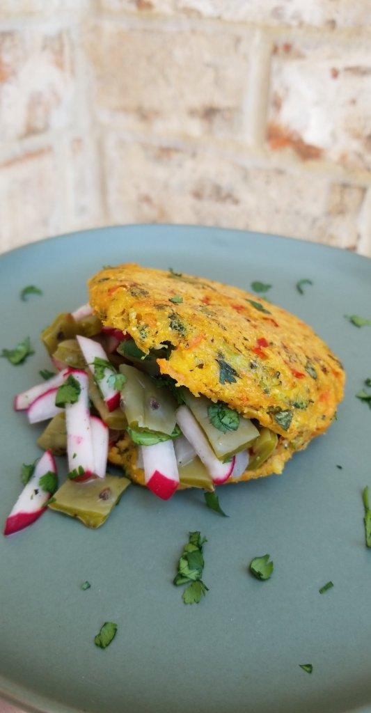 Arepa Saludable de Brócoli, Zanahoria, Pimentón y Cilantro