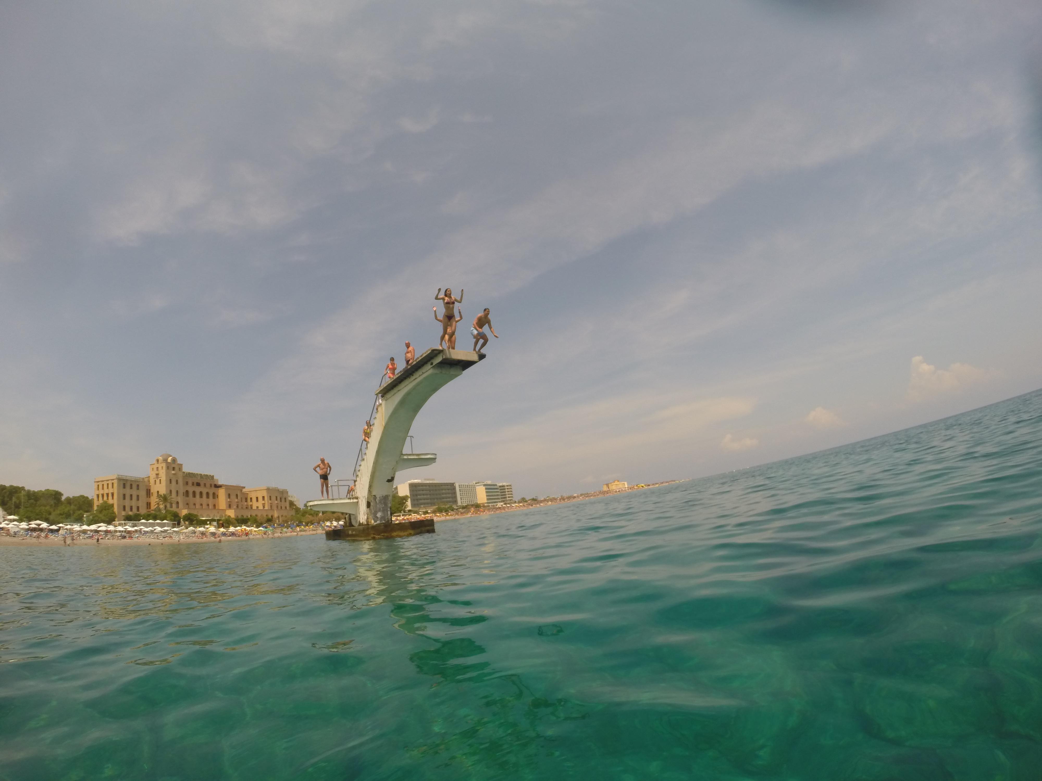 Saltar: Trampolín en Rodas