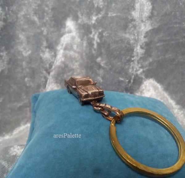 w 123 mercedes benz mercedes keychain arespalette 5