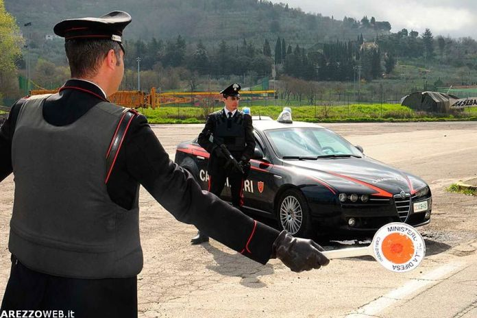 Carabinieri posto di blocco
