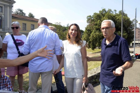 Sit-in davanti al Tribunale di Arezzo 05