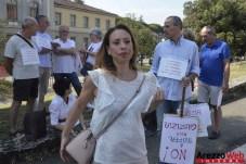 Sit-in davanti al Tribunale di Arezzo 07