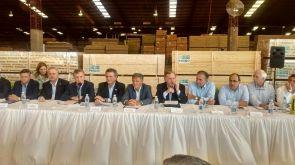 MacriMesaForestoindustrialIguazu (1)