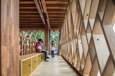Indonesia -KIE_-Architect-SHAU-Microlibrary-Warak-Kayu-15