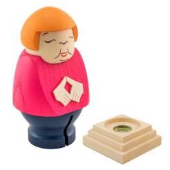 Merkel-en-madera 3