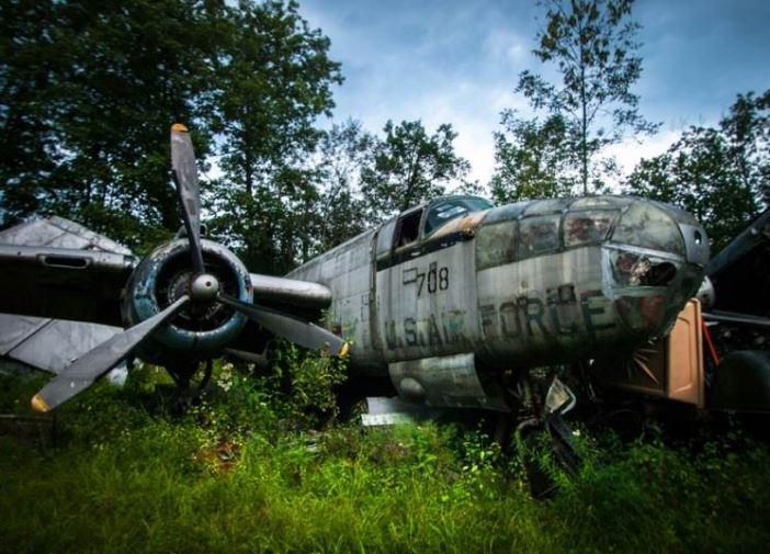 plane-graveyard-3_2959113k