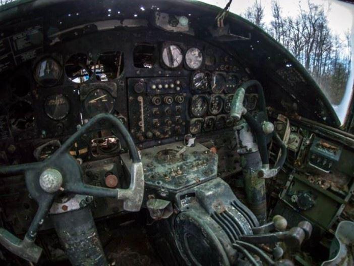 plane-graveyard-4_2959115k