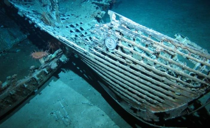 The wreck of the HMAS Sydney, with its badge still on the bow. (Credits: Australian War Memorial)