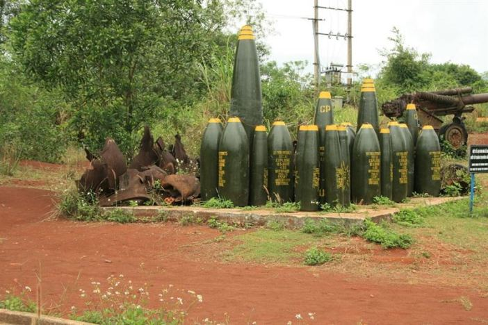Remaining bomb shells at Khe Sanh (Credits: L'Homme Veneux via Wikimedia)