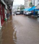 İlçemizdeki Yoğun Yağış Su Baskınlarına Neden Oldu