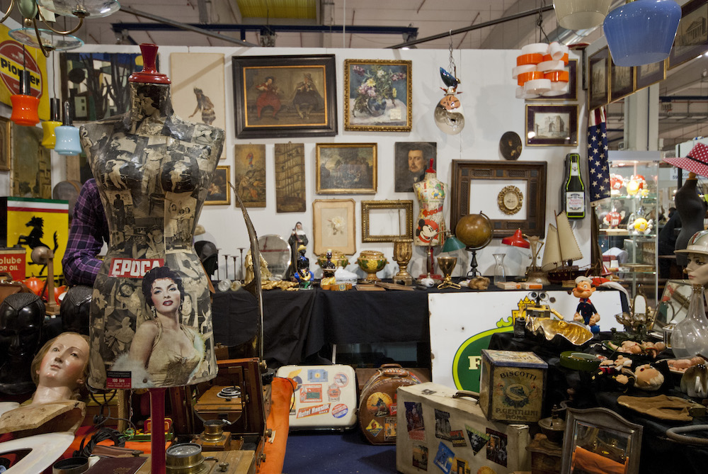 Haven of vintage goods at Mercanteinfiera. Image Credit Giulio Cassanelli