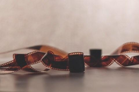 Questa immagine ha l'attributo alt vuoto; il nome del file è filmstrip-1850277_960_720.jpg