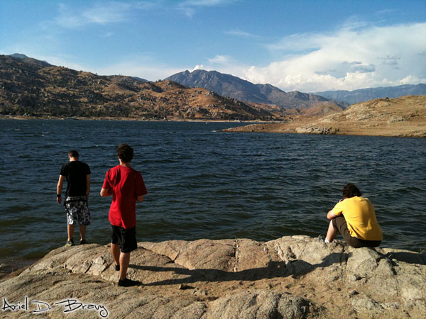 French friends looking over Lake Isabella in Sequoia NF