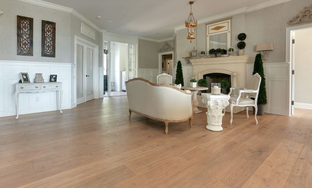what is fumed oak flooring