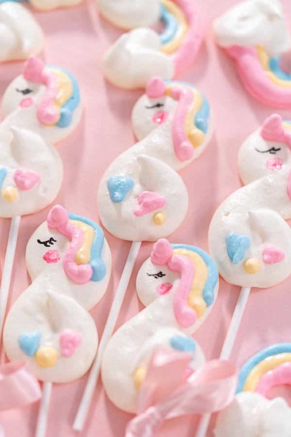 Unicorn meringue pops