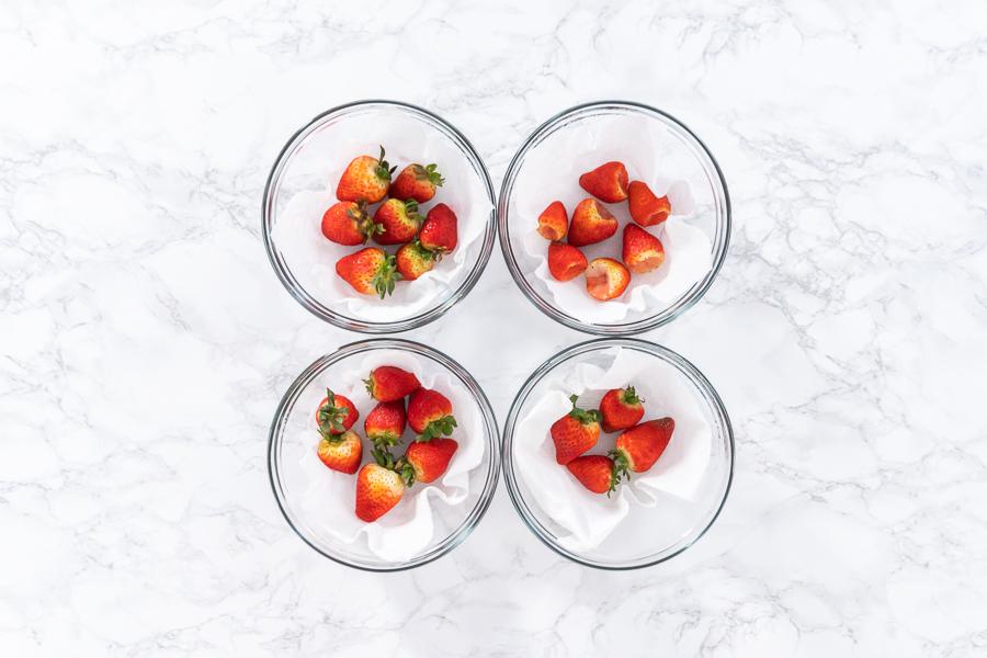 4 Ways how to keep strawberries fresh