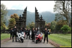PCX Luxurious Trip 16 P7