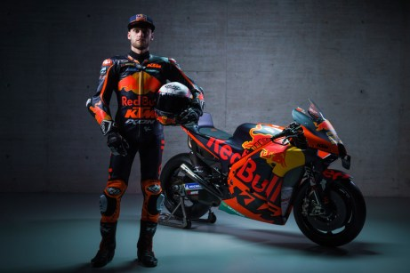 374190_Brad-Binder_33_Red-Bull-KTM-Factory-Racing_MotoGP_Team-Presentation_2021-_57_