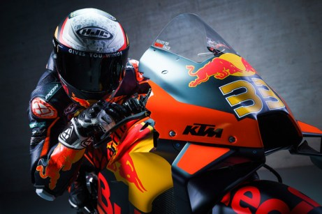 374211_Brad-Binder_33_Red-Bull-KTM-Factory-Racing_MotoGP_Team-Presentation_2021-_78_