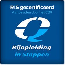 Wie is Aris Velperbroek ?