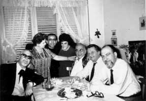 """Reunión para """"La humanidad Nova"""": de derecha Marzocchi, Mantovani, pueblos, """"señorita"""", Rose, Kate, prof. Ruberti (principios de los sesenta)"""