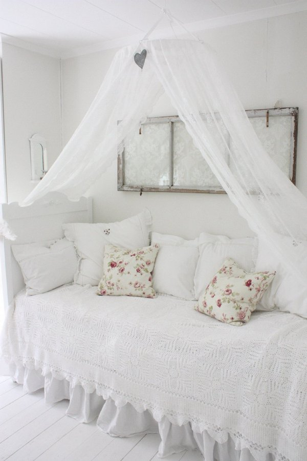 How to Make Pretty Girly Rooms That Are Not Pink • One ...