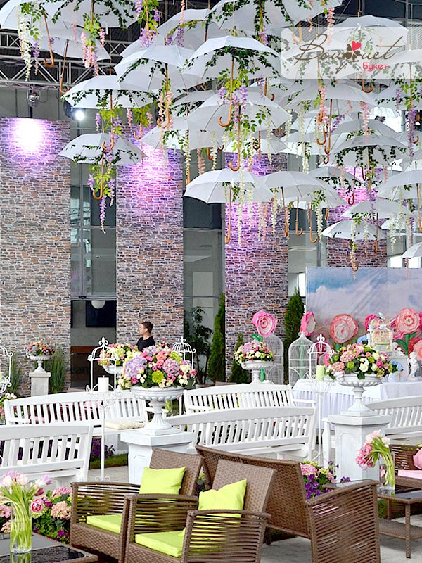 wedding decoration flowers 2 5 delightful umbrella decoration ideas to welcome the 9037