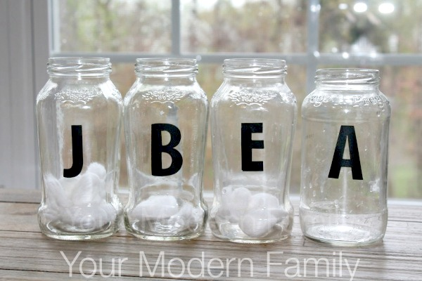 10 Cute Chore-Reward Ideas for Your Child's Room - Cotton ball jars
