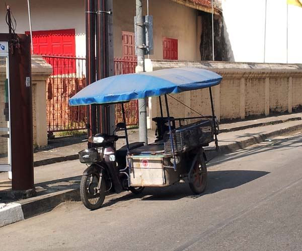 Chiang Mai street scenes - Utility Vehicle