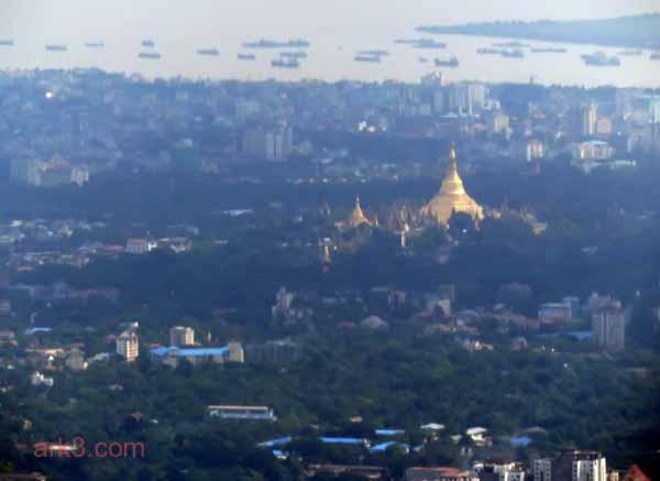 Yangon - Shwedagon from the air
