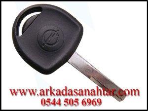 Opel Anahtar ihtiyacınız varsa bizi arayınız 0544 5056969. Tüm anahtarlarınız kaybolsada aracınızın yanında opel anahtarı yapabiliyoruz. Yedek anahtar ihtiyacı
