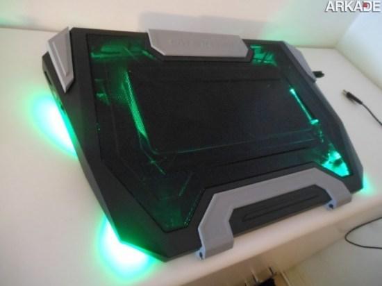Análise de Hardware: Base gamer para Notebook CM Storm SF-19